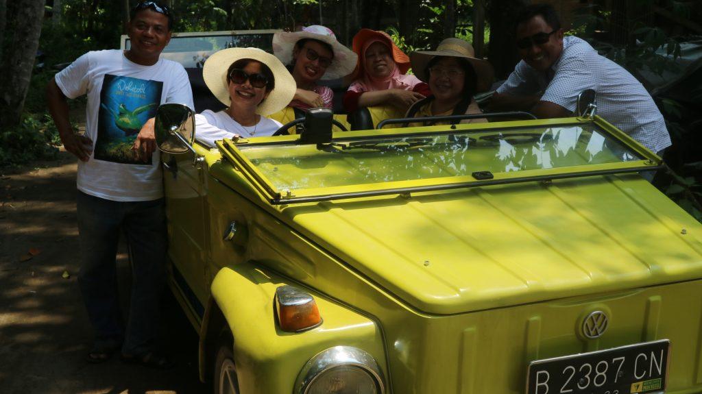 Sewa VW Safari Borobudur - 0812.3835.1381